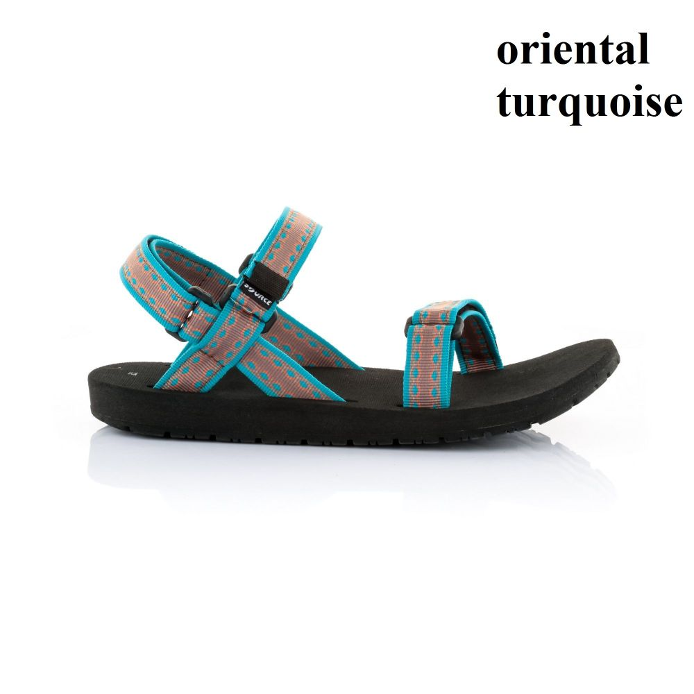classic-women-hiking-sandals 14_enl
